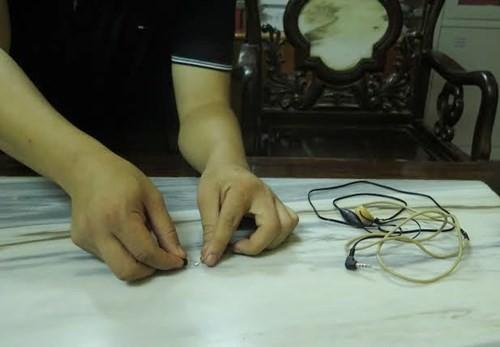 Máy ghi âm từ xa siêu nhỏ