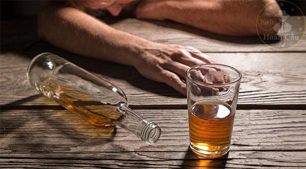 Đàn ông bản lĩnh là biết từ chối chén rượu chứ không phải uống tốt