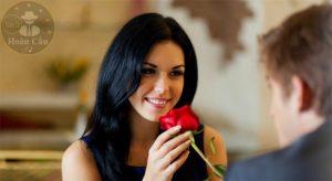 Phụ nữ thông minh xinh đẹp giỏi giang không bằng may mắn
