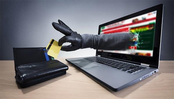 Cài virus theo dõi điện thoại nghe lén gián điệp